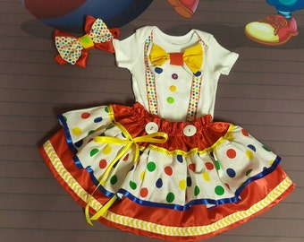 3 PIECES. Green and Yellow baby CLOWN Costume. 12 18 24 months. 2t. 3t. 4t 5t. CIRCUS. Carnival Outfit. Little Clown. Halloween costume.