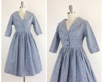 50s Blue Cotton Floral Print Day Dress / 1950s Vintage Flower Cotton Dress / Medium / Size 8