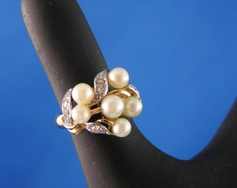 Vintage Avon Evening Creation Cluster Ring - Faux Pearls and Rhinestones
