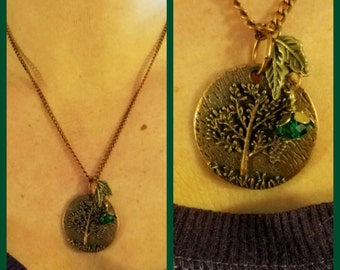 Copper Tree Pendant Necklace With Leaf Beading.