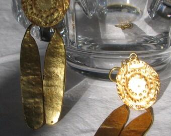 """Amazing ALVA MUSEUM REPLICA Signed Long Gold Dangling Earrings, 3.25"""", Screw Back Style, Metropolitan Museum of Art"""