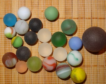 Lot of 23 Beach Glass-Like Vintage Marbles / Frosted Marbles / Glass Marbles / Game Marbles / Toy Marbles / Craft Marbles / Lot #249