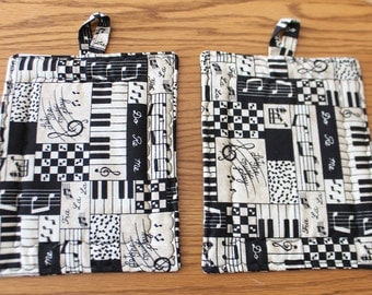 Music Pot Holder Set, Black, White and Tan, Hotpads, Pot Holders and Oven Mitts, Trivet, Set of 2, Gift Set