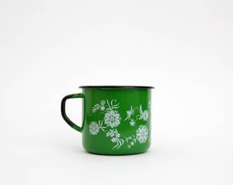Vintage mug // green floral enamel mug