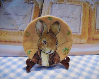 Peter Rabbitt Miniature Plate for Dollhouses 1:12 scale