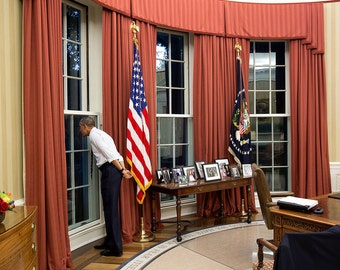 Oval Office, President Barack Obama watching Thunderstorms, White House
