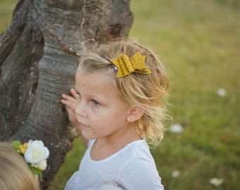 Glitter bow, simple bow, red bow, gold bow, gold glitter
