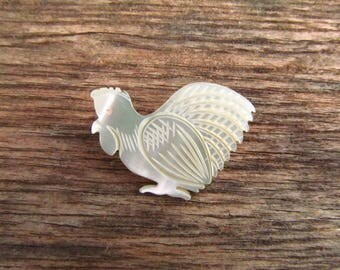 Vintage Vintage Small Carved Mother of Pearl Chicken Brooch - Chicken Hen Pin - Shell Bird Brooch
