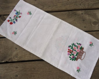 Hand Embroidered Linen Table Runner