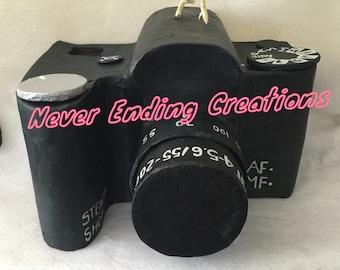 Photo camera pinata