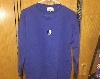 Vintage blue ying yang sweatshirt