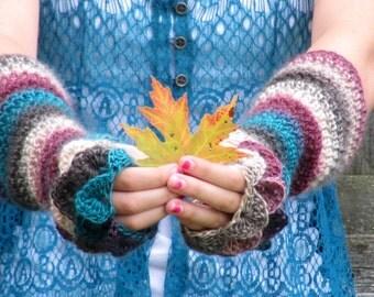 Crochet fingerless gloves / arm warmers