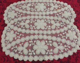 Lace Doily or Small Dresser Scarf  //  Vintage Linens  //  Lacey Home Decor  //  Shabby Chic or Victorian Decor