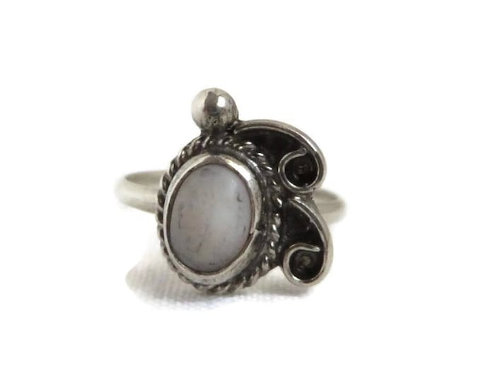 Navajo Braided Sterling Silver Quartz Ring Vintage Native American Costume Jewelry Gift Idea Size 4