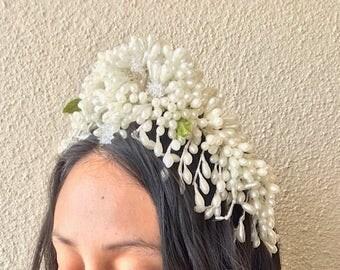 Wedding Headband. Pearl headband. White Vintage Headband.