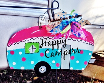 Happy Campers- Camper Door Hanger- Camper Sign- RV Sign- Custom Signs,Wanderlust Sign, Vintage Camper Decor- Christmas Gifts- Glamping