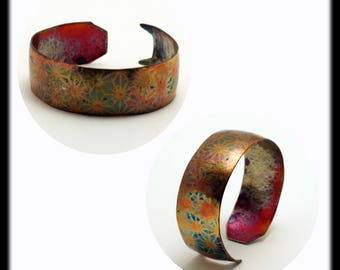 Hammered copper bracelet with silver inlay by Ramosa Jewelry