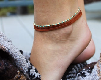Beaded and Leather Anklet Set. Layering Ankelets. Bohemian anklets.