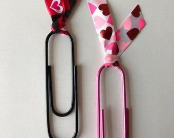 Valentine's Day Paper Clip Bookmarks