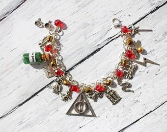 Harry Potter Inspired Gryffindor/Slytherin/Ravenclaw/Hufflepuff You Choose Beaded Charm Bracelet
