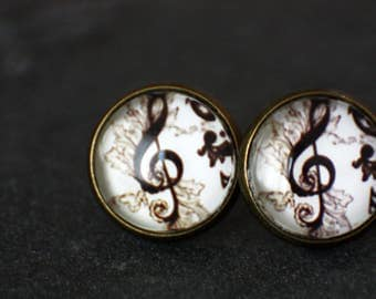 12 mm ear studs, notes