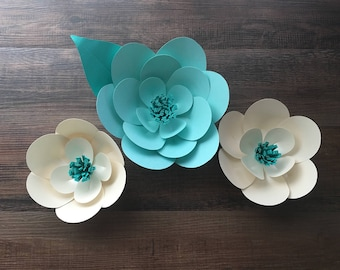 3D wall flowers- set of three