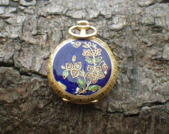Antique Vintage 18ct Yellow Gold Enamel Diamond Ladies Fob Pocket Watch