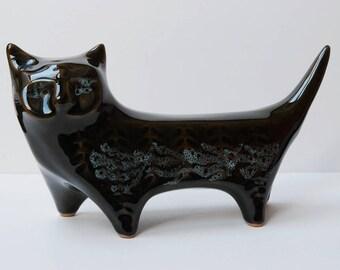 Vintage 1960s Lotus Pottery stylised cat.
