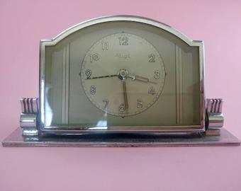 Vintage 40s Kienzle Art Deco Chrome Desk alarm clock