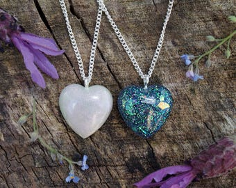 Iridescent Purple Glitter Flake Heart & Colour Flip Pearl Shimmer Heart Pendant Choker