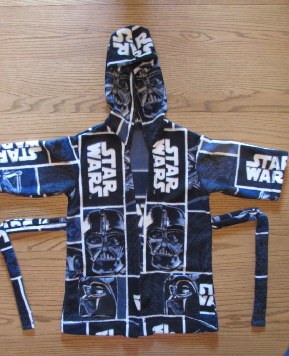 Star Wars robe/Star Wars fleece robe/Boys Star Wars robe/Fleece Star Wars robe/boys robe/boys fleece robe/robe with hood/robe with pockets