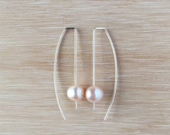 Geometric Hook Drop with Light Pink Pearl Earring