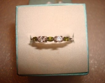 Marquise Cut Green Peridot And Diamond Cut White Sapphire 925 Sterling Silver Ring Size 8.5