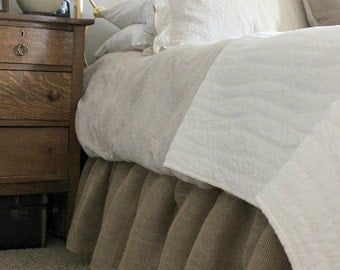 Ruffled Burlap Bedskirt - Gathered Ruffle Bed Skirt - Rustic Bedskirt - Bedding - Bedskirt - Burlap Valance - Queen Size - Choose Drop