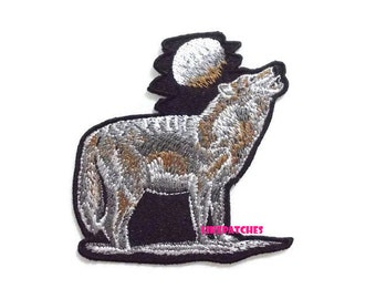 Wolf & Moon New Sew / Iron On Patch Embroidered Applique Size 8.1cm.x8.4cm.