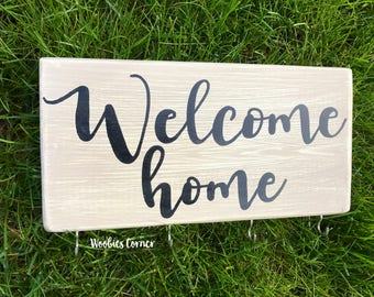 Key holder for wall, Welcome home sign, Custom key holder, Custom key rack, Personalized key holder for wall, Wall key holder, Wood sign
