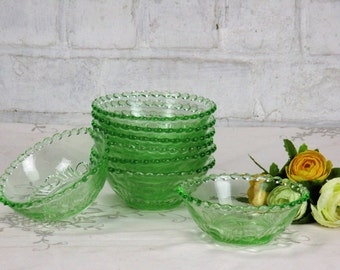 Vintage Lovely set of 8 bowls dishes candlewick hobnails rim green glass