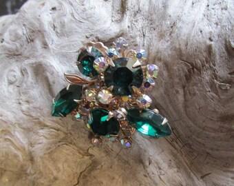 Vintage Emerald Green Rhinestone Pin Brooch