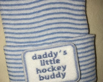 Newborn Hospital Hat daddy's little hockey buddy. 1st Keepsake, Baby Boy Hat. Gender Reveal, Surprise Dad! Coming Home Hat, Cute Baby Gift