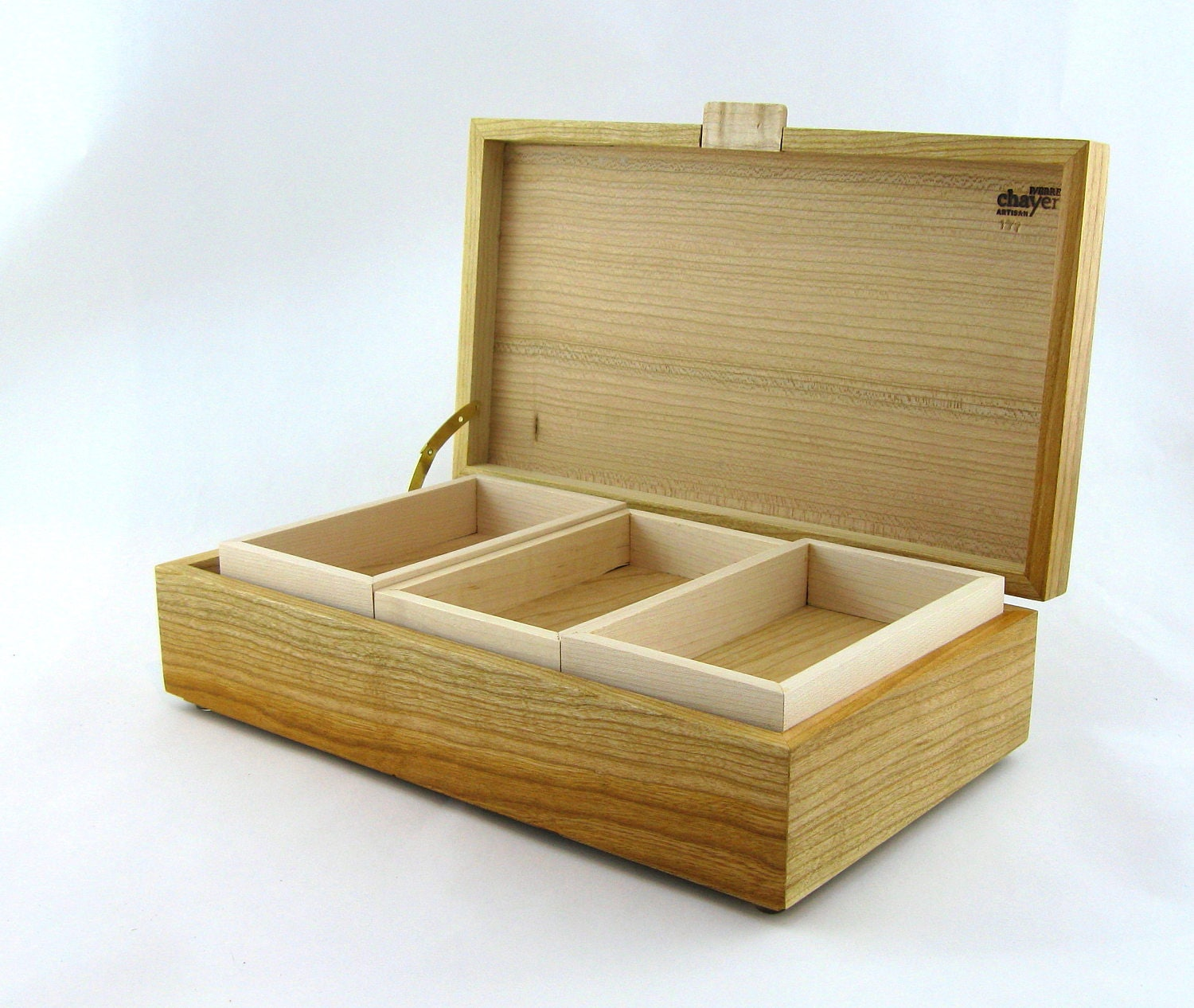 Jewelry box in cherry wood 12 X 6 3/4 x 3 1/4.Top is made from vertical grain ( quarter cut ) & Jewelry box in cherry wood 12 X 6 3/4 x 3 1/4.Top is made from ... Aboutintivar.Com