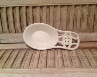 Spoon rest, cast iron with white enamel finish / cottage or farmhouse kitchen decor / heavy cast iron spoon rest