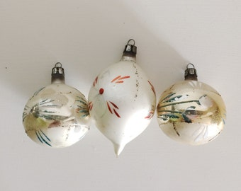 Vintage Beige Christmas Ornaments,Shabby Chic, Set of 3