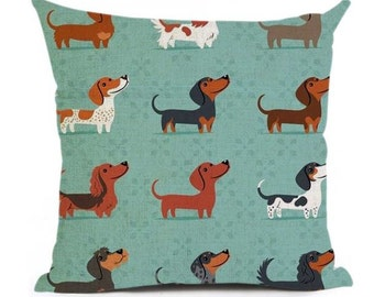 Cute Dachshund Repeat On Green - Pillow Cover