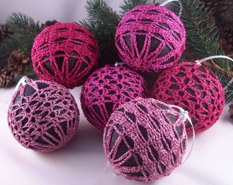 Black & Pink Christmas baubles, ChristmasInJuly, CIJ, Christmas decorations, Crochet baubles, Christmas ornaments, Crochet lace, Baubles
