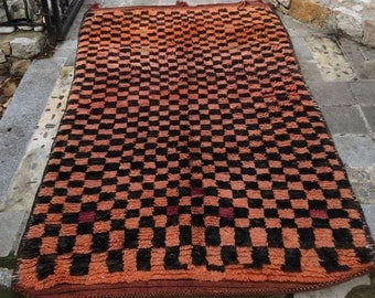 Carpet beejad ethnic Berber old checkered black and apricot wool 217x130cm