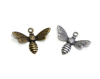 2x Trinity Brass Bee Charm Bee Pendant 17 mm - Antique Gold/Silver