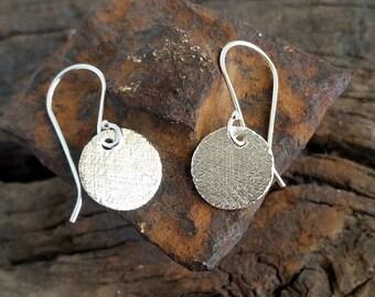 Silver discs earrings, Simple silver earrings, Small disc earrings, Round Disc Earrings, Simple Silver Earrings, Everyday earrings, Gift