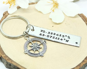 Personalize Keychain, Coordinates Keychain, Compass charm, Best Friends, Gift Idea, Gift for him, for Dad, Father's day, Anniversary gift.