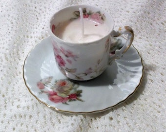 Soy candle in a China Demitasse cup filled with a soy candle, caramel scented. Lovely and delicate, great gift.