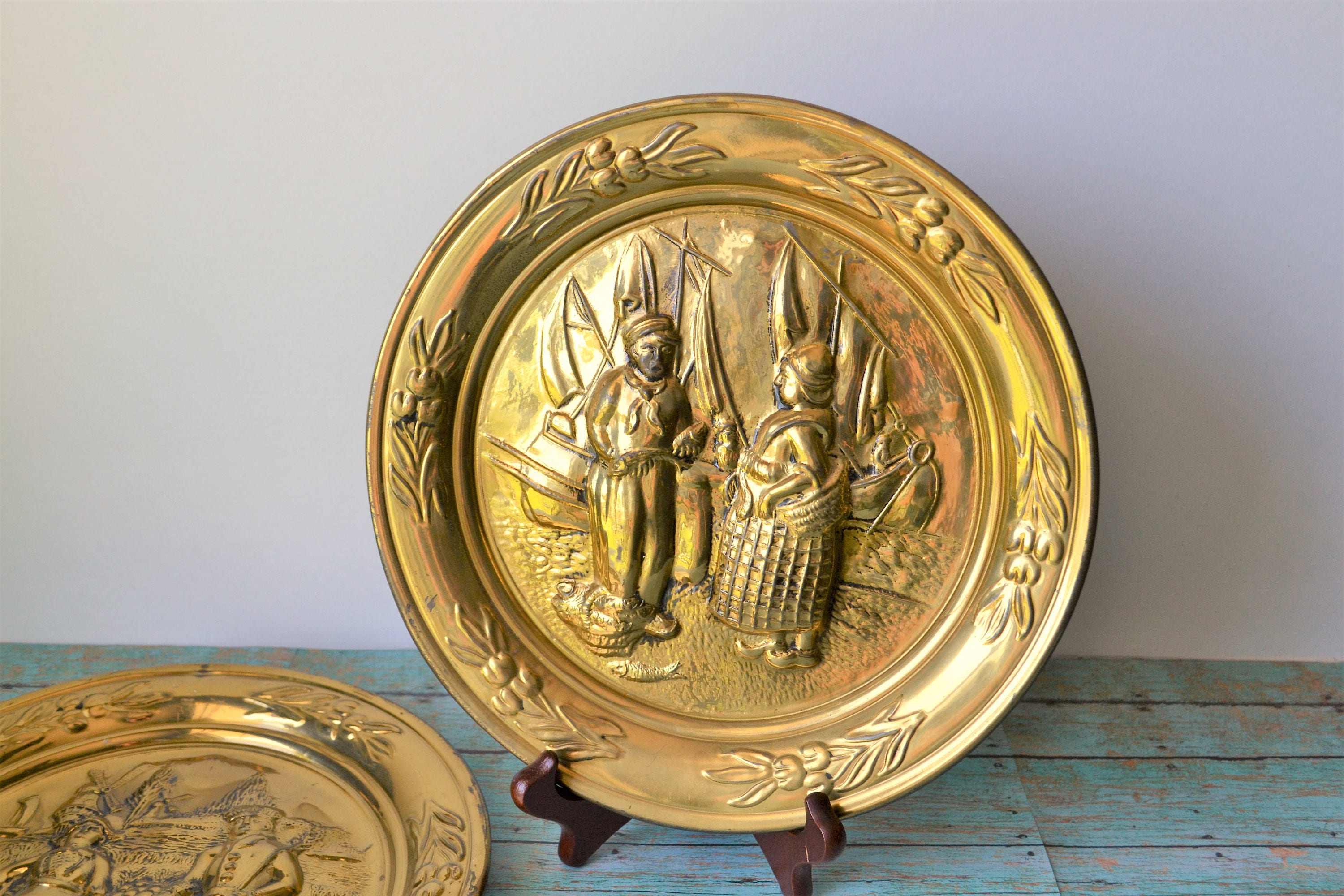 2 Lombard C&A Ltd. England Hammered Brass Wall Chargers/ Wall Plates ...